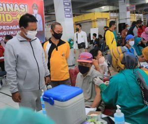 Pemkot Madiun Gelar Vaksinasi di Pasar Tradisional