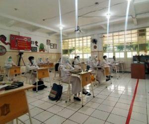 Dispendik Surabaya Serahkan Kelulusan Siswa ke Masing-masing Sekolah