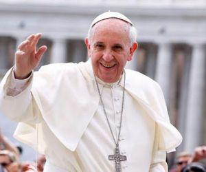 Paus Fransiskus Bantah Tudingan Yahudi Israel Soal Kitab Taurat