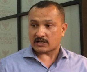 Foto Pakai Celana Dalam Merah Disebar, Ferdinand Hutahaean Lapor Polisi